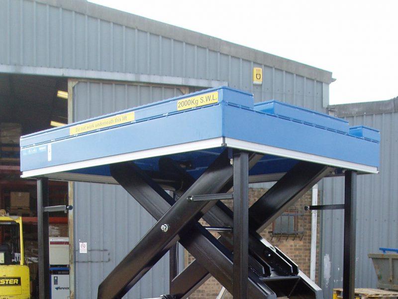 hydraulisch podium trenomat