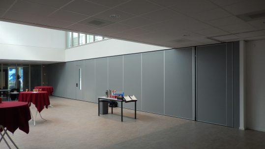 paneelwand zaal