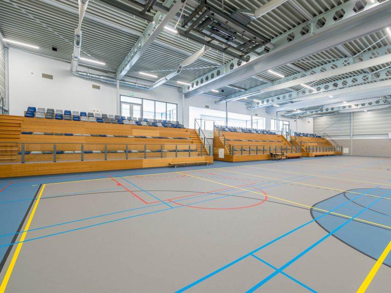 sportzaal met tribune