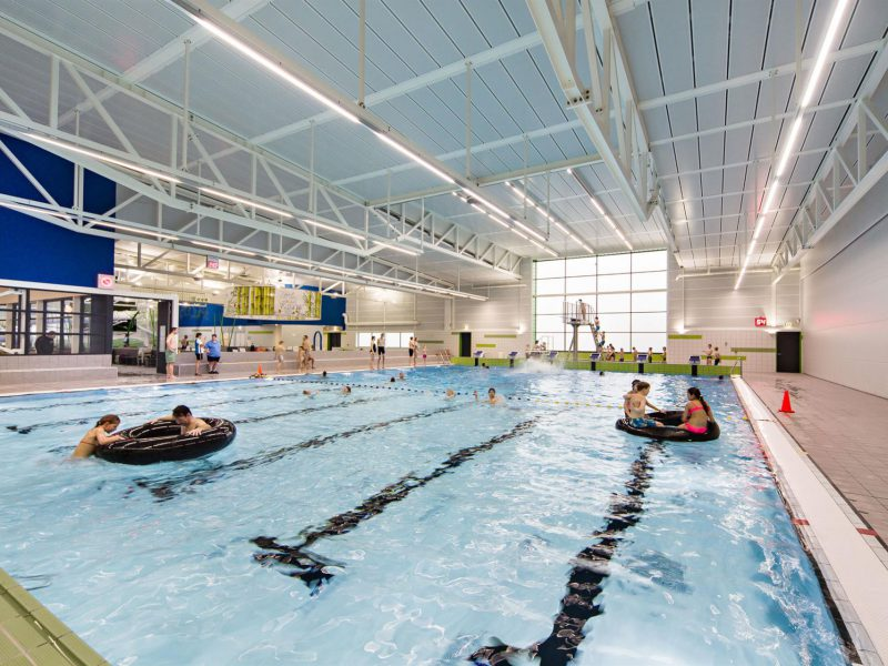 Tussenwand zwembad