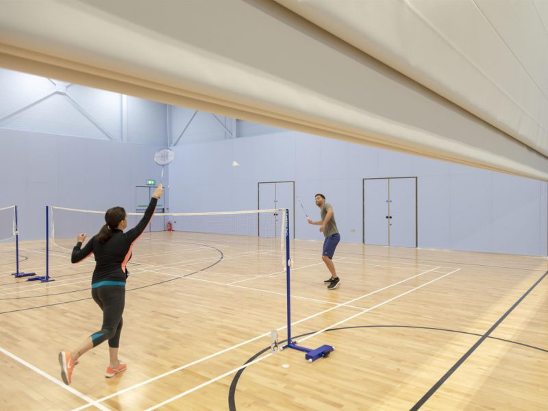 akoestische tussenwand badminton